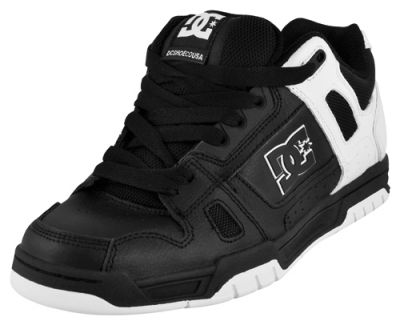 chaussures dc shoes stag black chaussures diverses. Black Bedroom Furniture Sets. Home Design Ideas