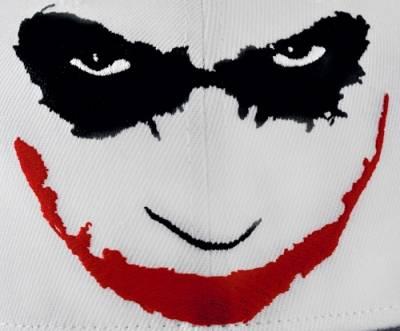 casquette batman joker 39 s smile snapback casquettes. Black Bedroom Furniture Sets. Home Design Ideas